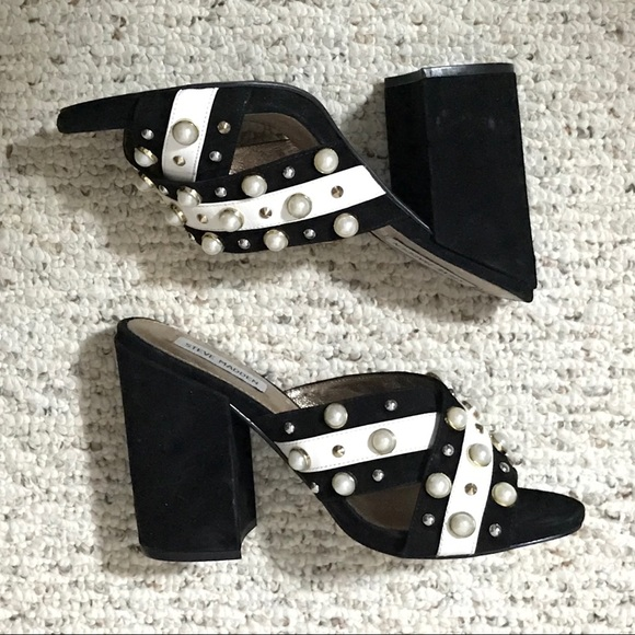 20620cf91f3 Steve Madden Cove Pearl Studded Mules - Size 9